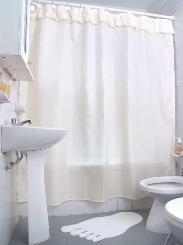 Cortina ba o tela diamante con volado poliester 100 con for Ganchos para cortinas de bano